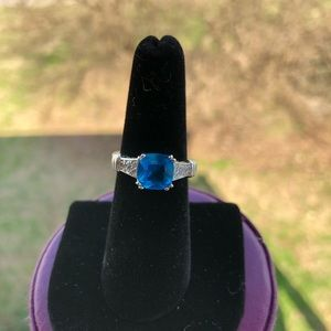 Jewelry - Bright blue square ring/Jewelry Size 6.5 for Women